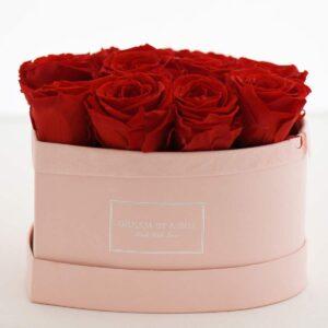 Dream a Little Dream scatola rosa a forma di cuore con fiori stabilizzati rossi