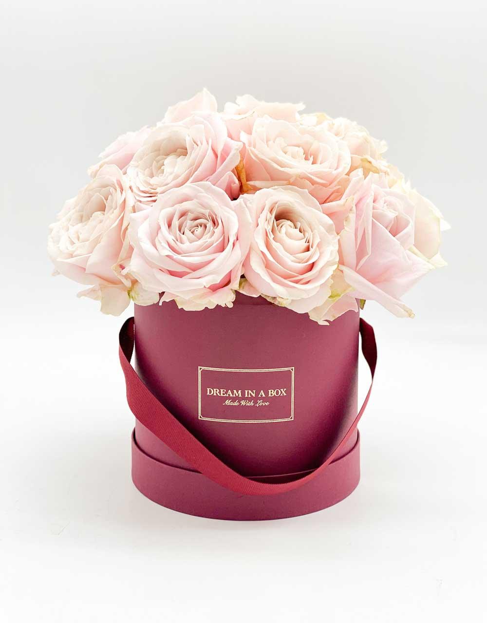 Winter dream Box Bordeaux con rose sweet avalanche